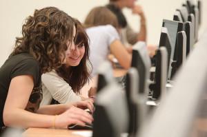 Las tecnologías están extendidas en las aulas universitarias