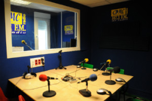 Onda Merlin, FM, Radios Comunitarias