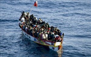 Patera Mediterraneo Inmigrantes