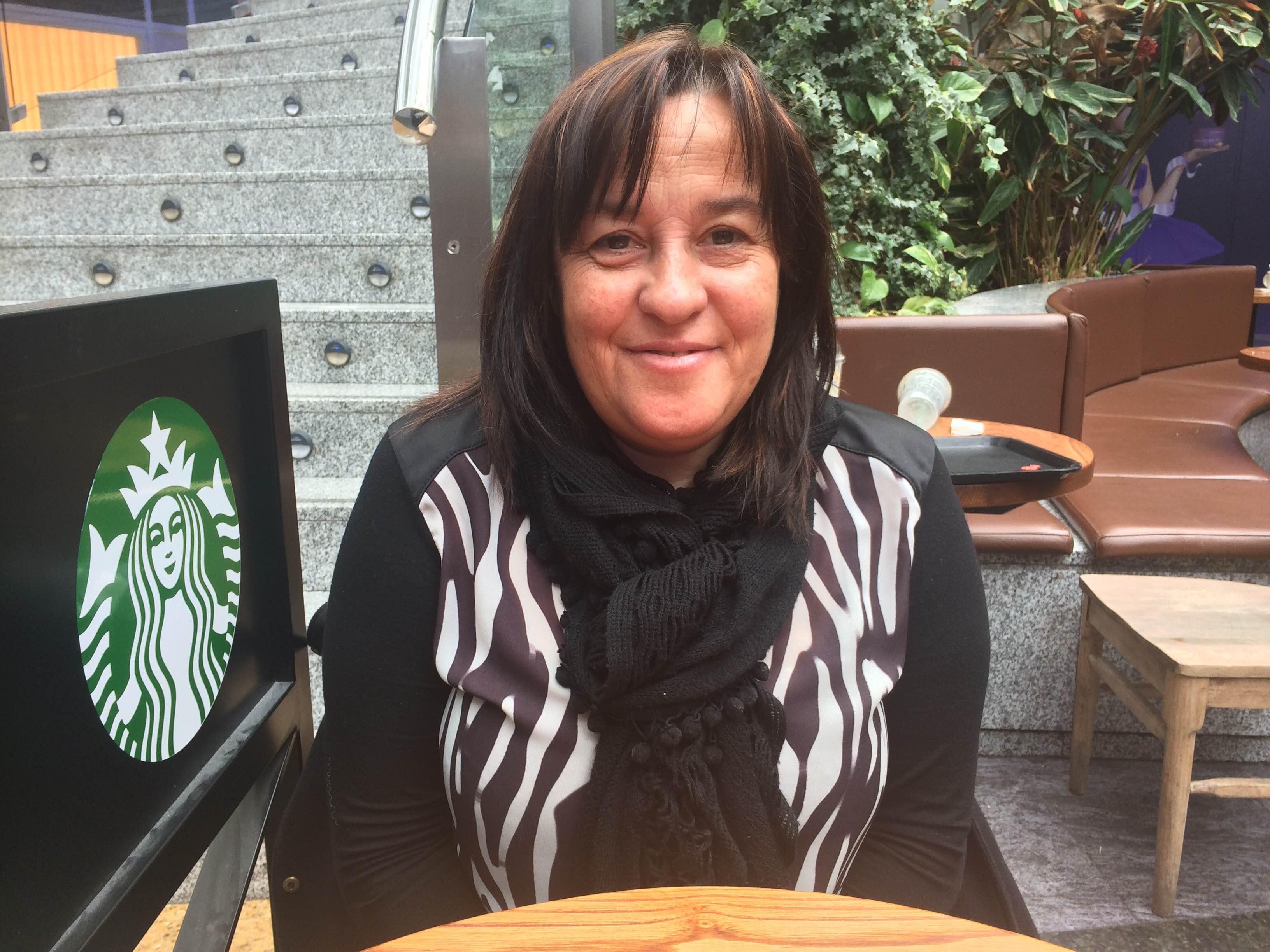 Almudena Macías, madre de acogimiento estival, nos habla de su experiencia / Variación XXI