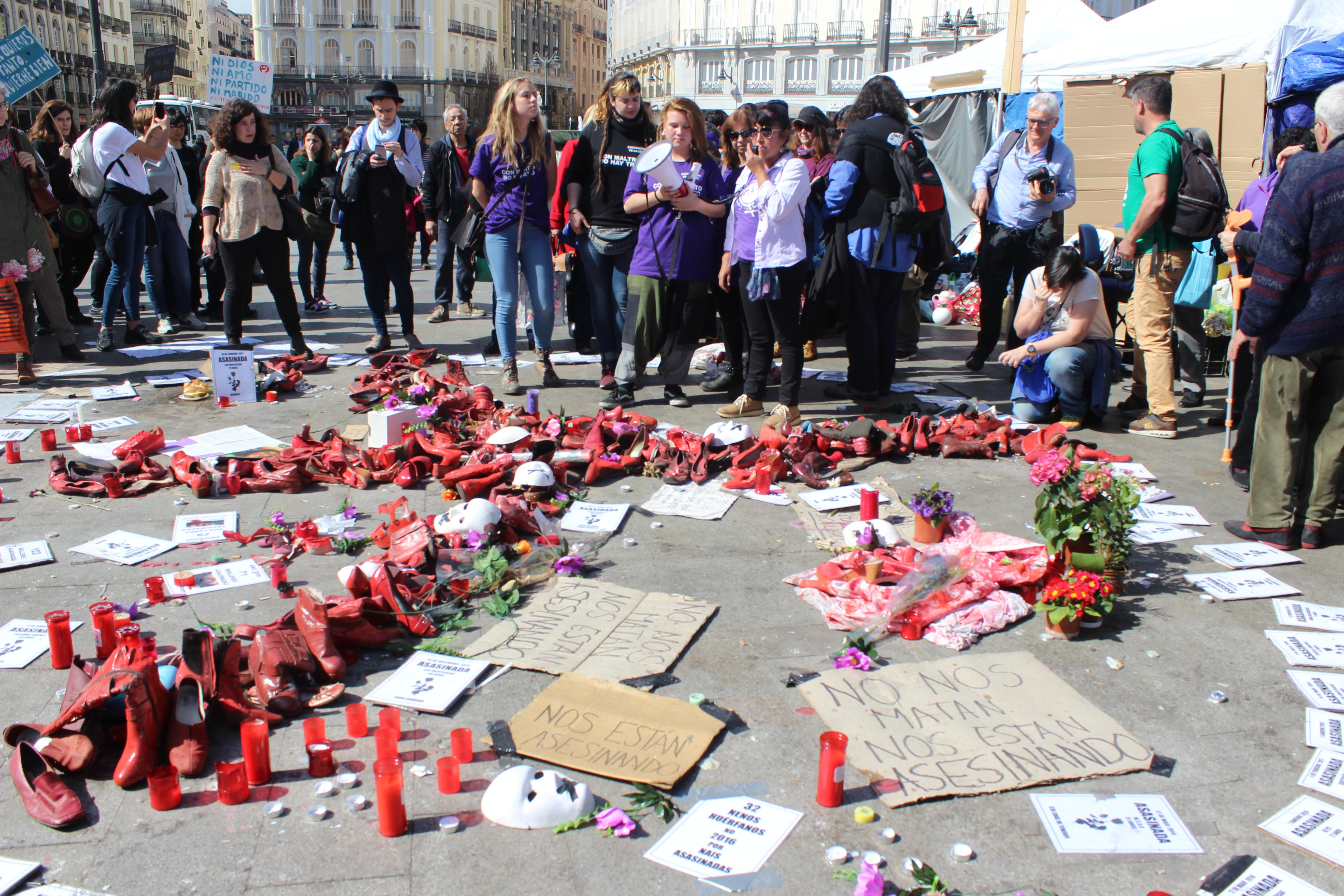 huelga de hambre, puerta del sol, madrid, violencia de género, día internacional de la mujer