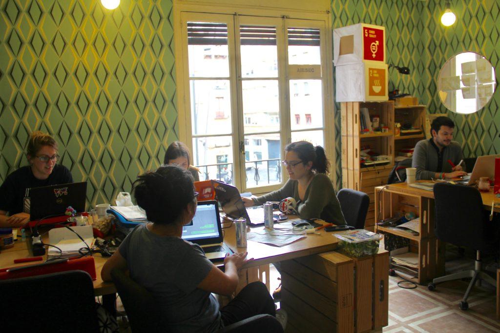 AIESEC ESPAÑA, intercambios, voluntariado internacional