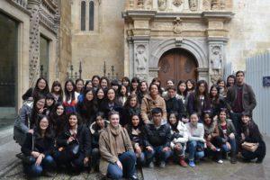 Excursion a Granada de estudiantes Chinos. Extraído de UCM oficial