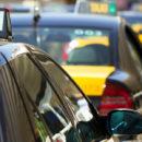 Taxis vs Uber: duelo sobre ruedas