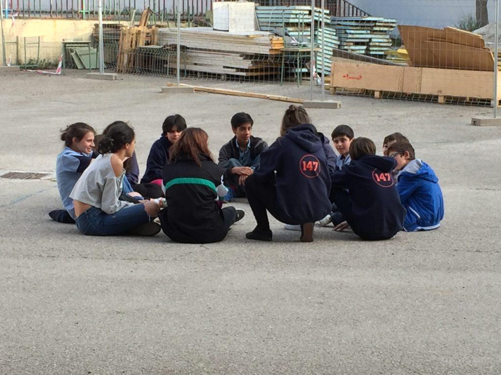 Los Scouts del GS 147 en una de sus reuniones semanales